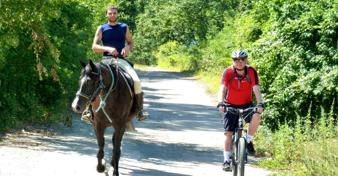 Horseback and mtb holidays in Tuscany